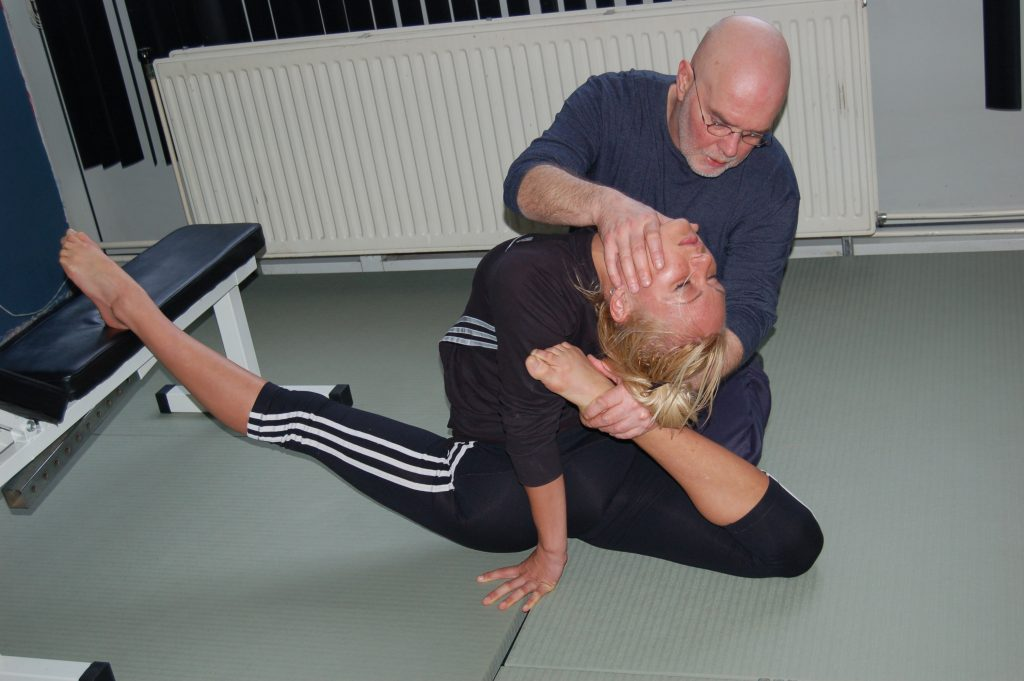 backbend and splits combi - Contortion Amsterdam -